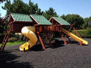 Landscape and Playground Rubber Mulch